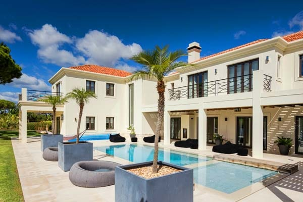 Luxury 6 Bedroom Villa
