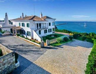 9 Bedroom Sea Front Villa