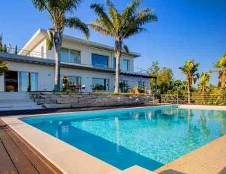 Six Bedroom Villa with Pool