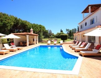 6 Bed Villa with Tennis Court