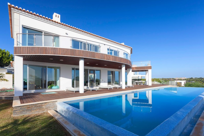 Frontline 5 Bed with Sea Views