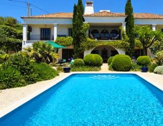 6 Bed Villa North of Vilamoura