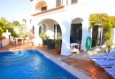4 Bed Villa beside Praca