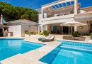 Luxury 5 Bed Villa with Pool