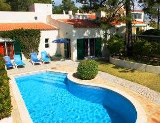 2 Bed Villa with Sea Views