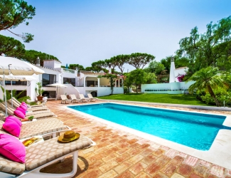 7 Bed Villa with Heated Pool