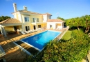 Luxury 5 Bed Villa with Fenced Pool