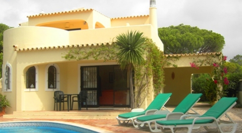 3 Bed Villa Near the Beach