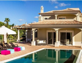 Luxury 4 Bedroom Villa