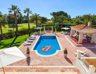 Deluxe 6 Bedroom Villa