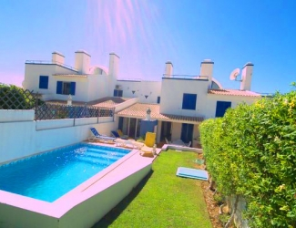 3 Bed Townhouse with Pool