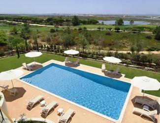 6 Bed Villa with Sea Views