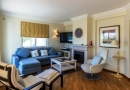 Delightful 3 Bed with Pool