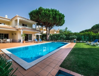 4 Bed Villa with Golf Views