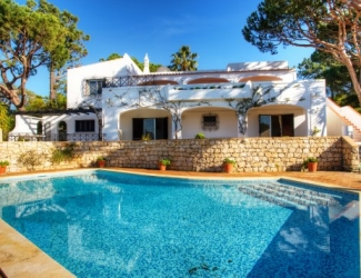 Spacious 5 Bed Villa