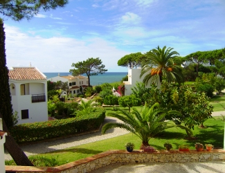 3 Bed Townhouse Beside the Beach