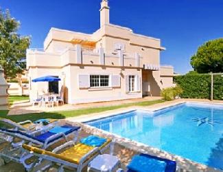 4 Bed Detached Algarve Villa