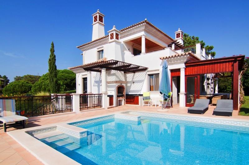 5 Bed Villa in Quinta Verde