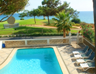3 Bed Villa with Sea Views